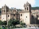 monument cusco