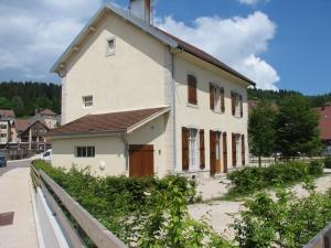 Gîte - Les Hôpitaux Neufs - à partir de 190€